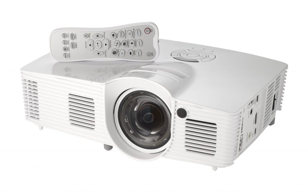top projectors for gaming 2018 don t make the same mistake as i did